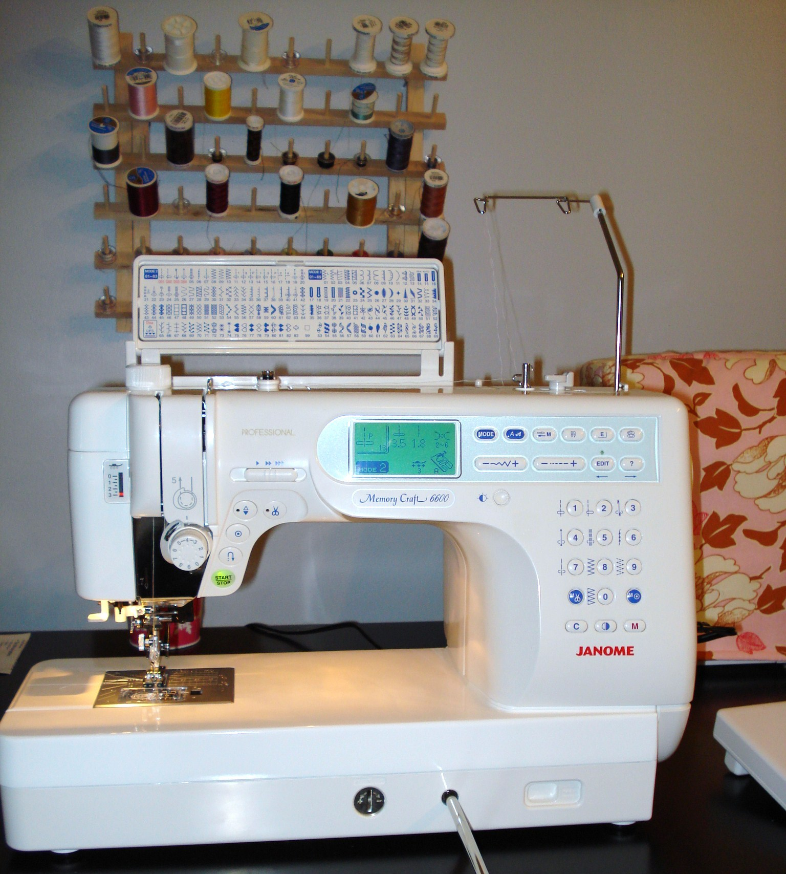Janome memory craft 6600 - I Had A Birthday On Monday And My Amazing Hubby Gave Me A Brand New Janome Memory Craft 6600p Oh I Am In Love With This Machine It Had All The Features I