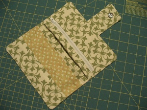 Confessions of a Fabricaholic - Wallet