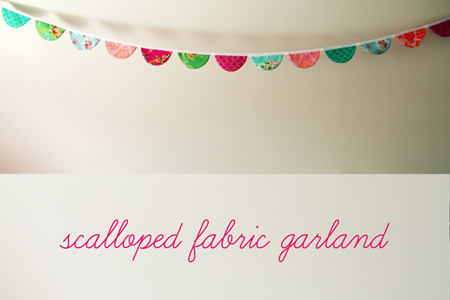 Sweet Jessie (via Sew, Mama, Sew!) - Scalloped Fabric Garland